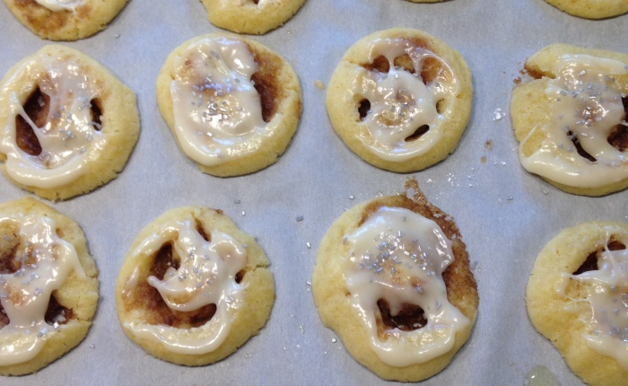 Cinnamon Roll Cookies Are Too Good To Be True!