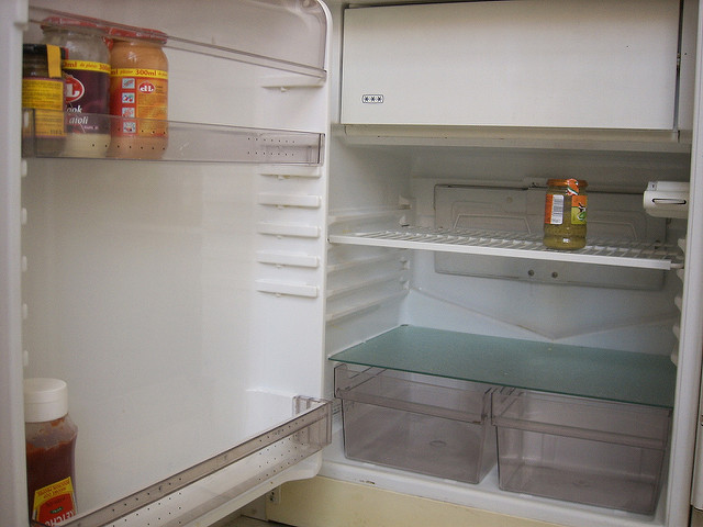 empty-fridge